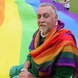 GILBERT BAKER CUNA DE LA NOTICIA