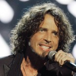 CHRIS CORNELL CUNA DE LA NOTICIA