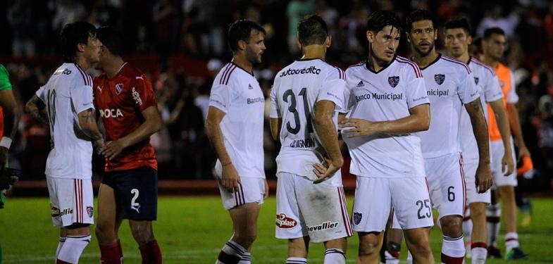 Newell's recibe a Independiente con la necesidad de lograr su primer victoria en el campeonato