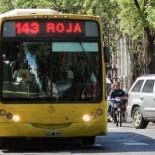 POR CALLE SANTA FE SOLAMENTE PARASA EL TRANSPORTE PUBLICO CUNA DE LA NOTICIA