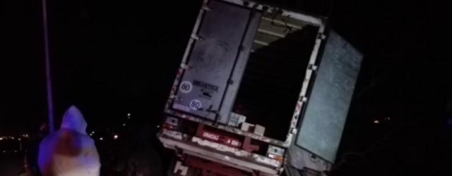 ACCIDENTE VIAL DERIVO EN UN SAUQEO CUNA DE LA NTICIA