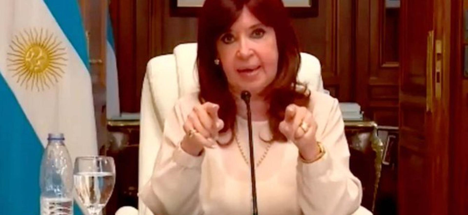 Cristina se defendió en la causa dólar futuro: fustigó a los jueces, a Macri y dijo que no pedirá el sobreseimiento