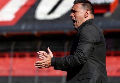 Luego de haber perdido la mitad de los partidos del campeonato, Gamboa dejó de ser el Técnico de Newell's